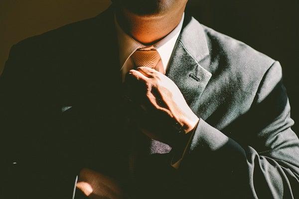 ネクタイを結び直して心機一転