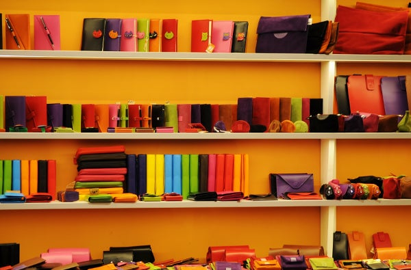 colorful_shop_cases