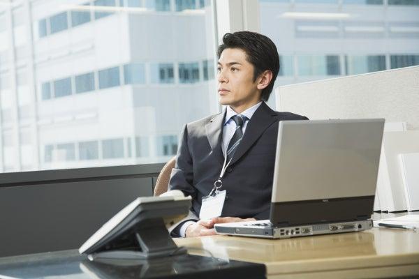 business_man_outside02