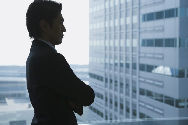 business_man_outside04