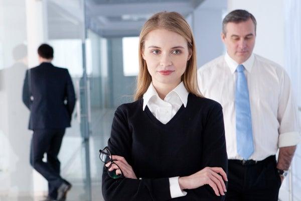 秘書に女性が多い理由とは? | 電話代行ビジネスインフォメーション
