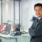 独立起業で会社を設立する男性