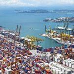 貿易会社が関わる港