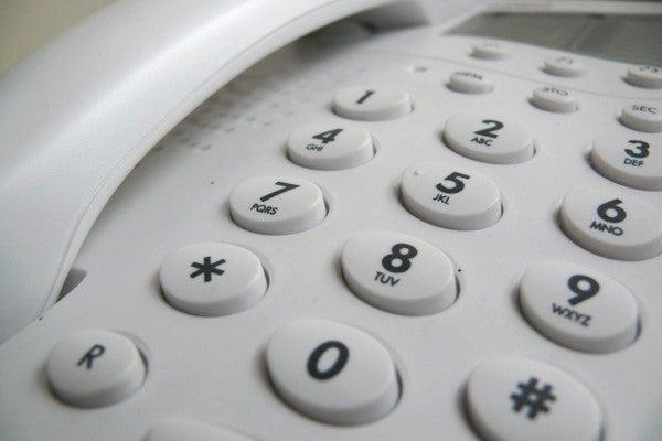 コールセンターで使用される電話