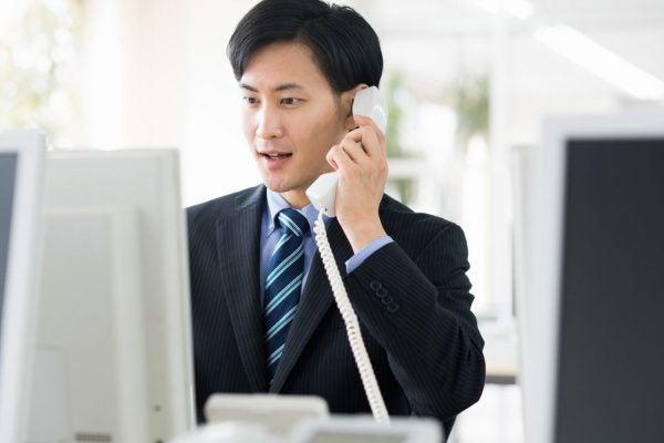 秘書代行サービスによる電話対応の外注