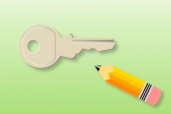 鍵に鉛筆を塗る様子