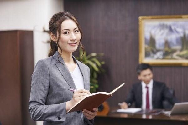 秘書代行サービスを利用する個人事業主